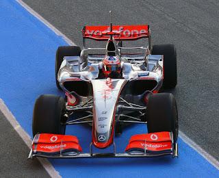 Gambar Mobil Balap F1 McLaren 02