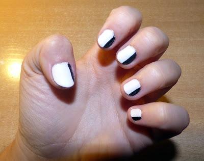 Monochrome nails - Aida