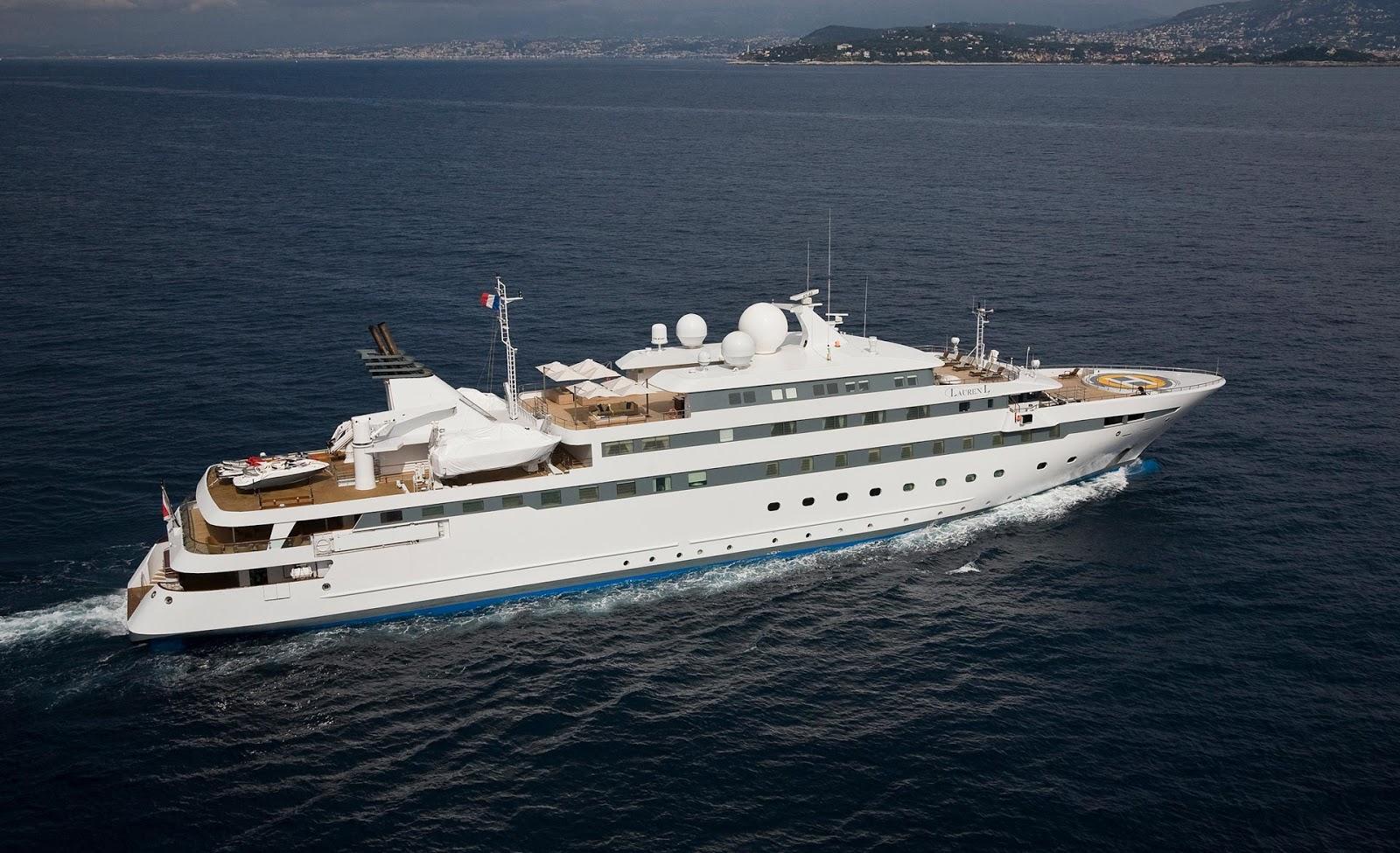 Superyacht LAUREN L Starboard