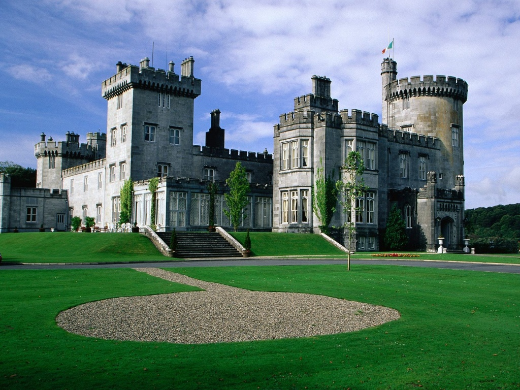 World Visits: Trip to Ireland Castle and Spend Vacation Ierland