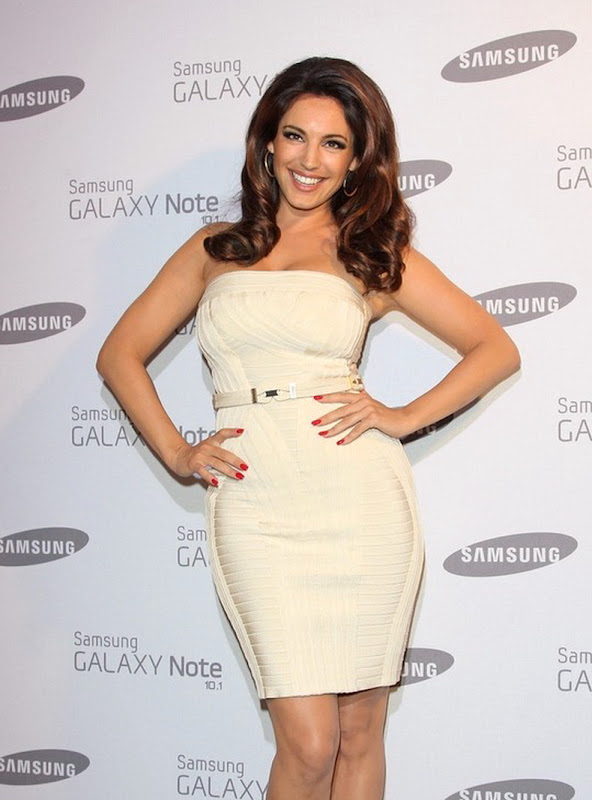Kelly Brook  attends Samsung Galaxy party in London, August 2012
