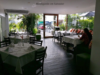Oui Restaurant: Antessala