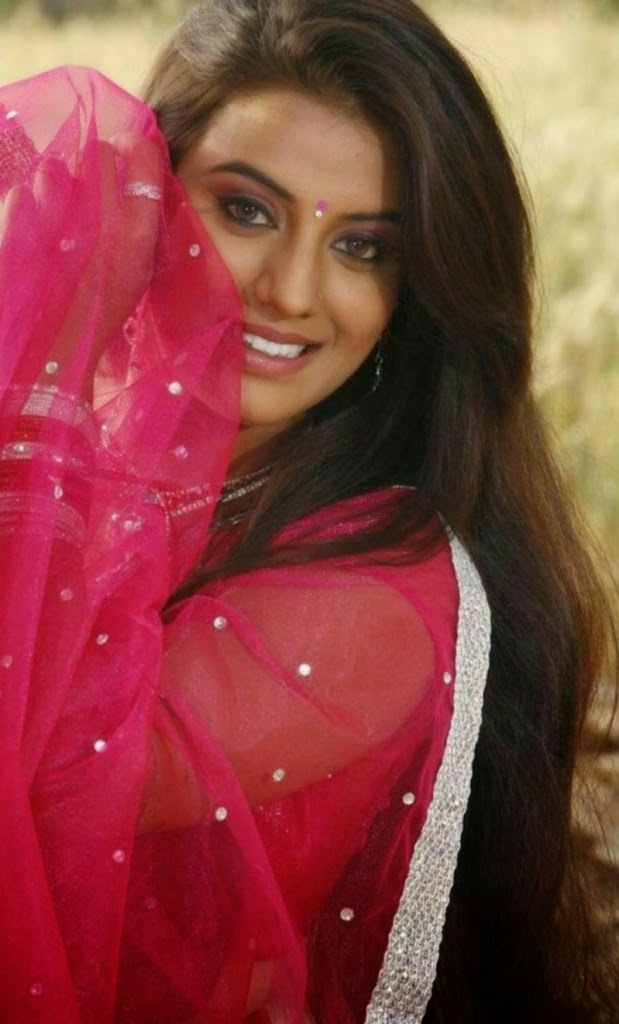 ... hot photos. Actress Juhi new picture from her movie stills