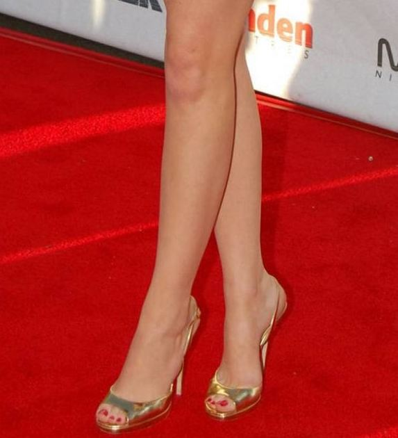 Feet emma stone Emma Stone's