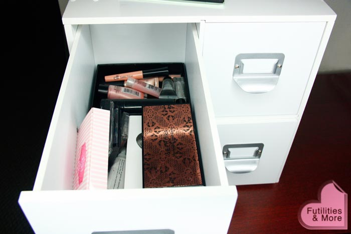 Neat Makeup Storage, makeup storage, michaels, drawers, drawer box, craft storage collection, 4 drawer storage cube, asian eyes, asian monolid, makeup tutorial, blog, makeup reviews, product reviews, cosmetics, make up, makeup, maquillage, tuto, yeux, asiatique, futilitiesandmore.blogspot.com, futilities and more, futilitiesandmore