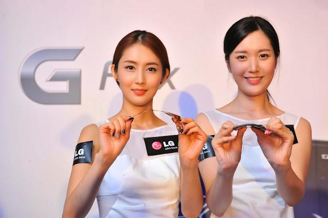 Models bending the LG G Flex