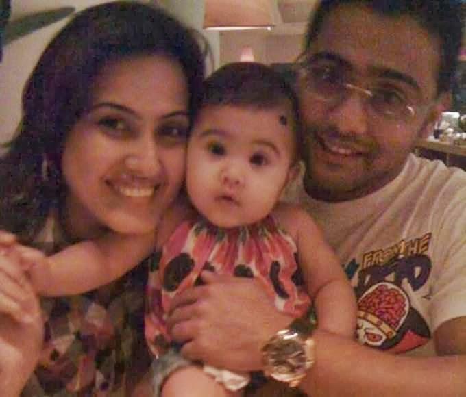 Kamya Punjabi – Divorce, Affairs, Daughter, Wiki, Photos