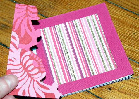 How to Make a Homemade Valentine's Day Book to Gift to Someone You Love