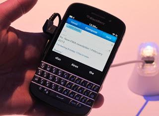 Blackberry Q10 akan diluncurkan bulan Mei 2013