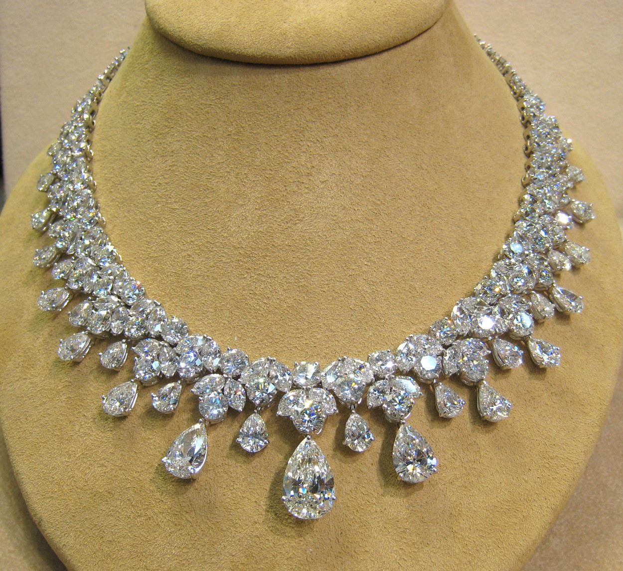 Kirtilal diamond Jewells