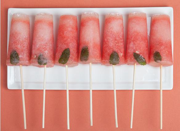 Watermelon mojito popsicles via Sugar and Charm