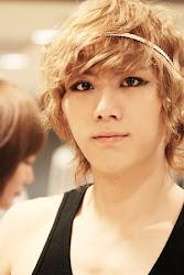 Hyun Seung (B2st)