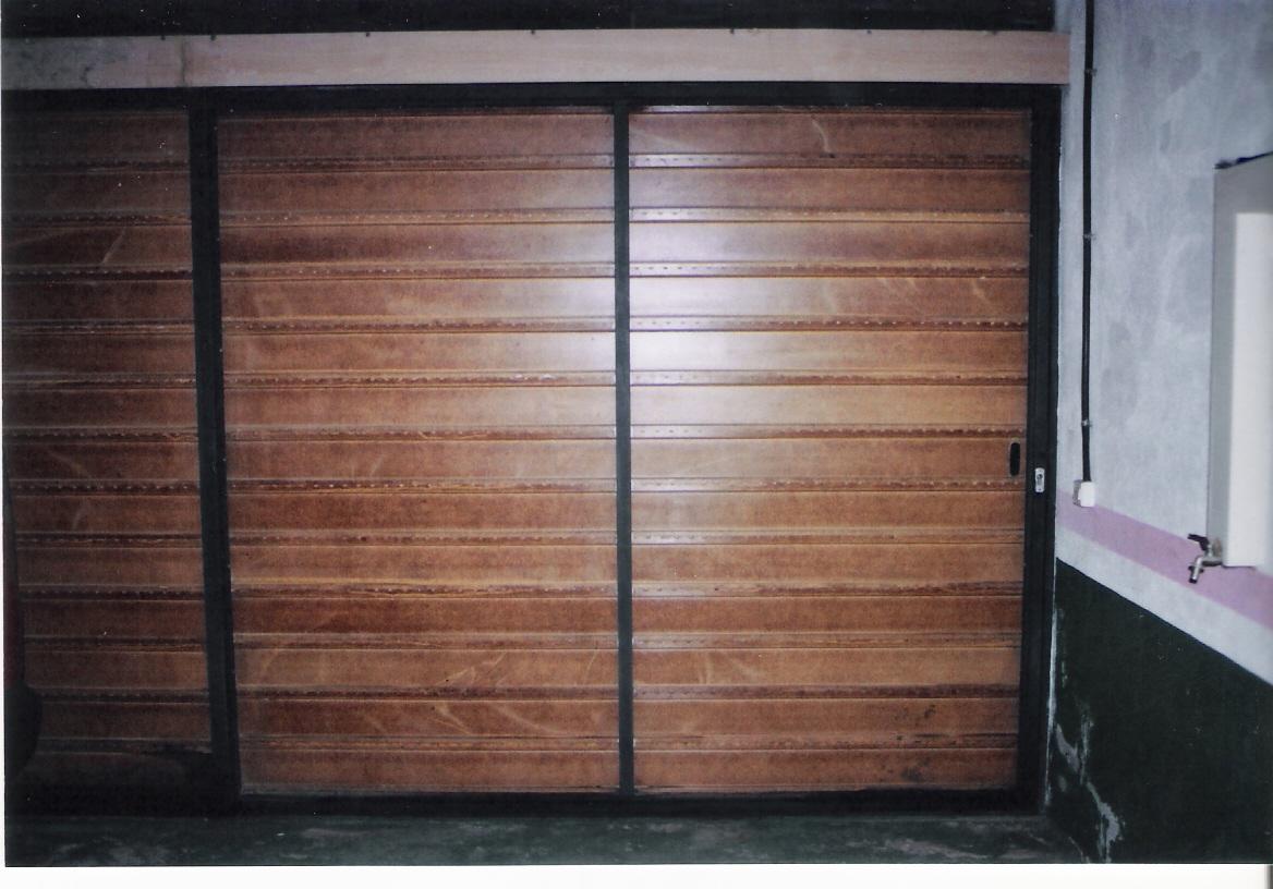 Carpinter a costoya - Puertas de garaje murcia ...