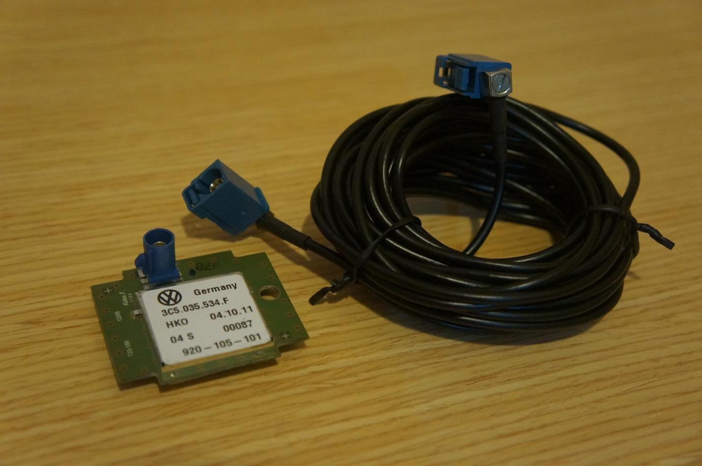 volkswagen genuine gps navigation antenna vw merchandise. Black Bedroom Furniture Sets. Home Design Ideas