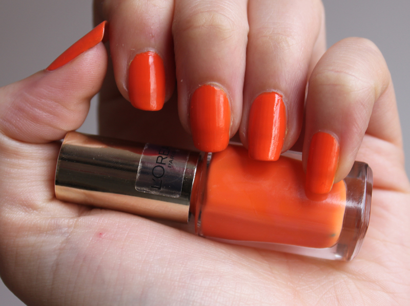L\'Oreal Lush Tangerine- Currently on my Nails - A Little Obsessed