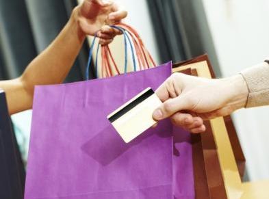 Tips Belanja Aman Menggunakan Kartu Kredit