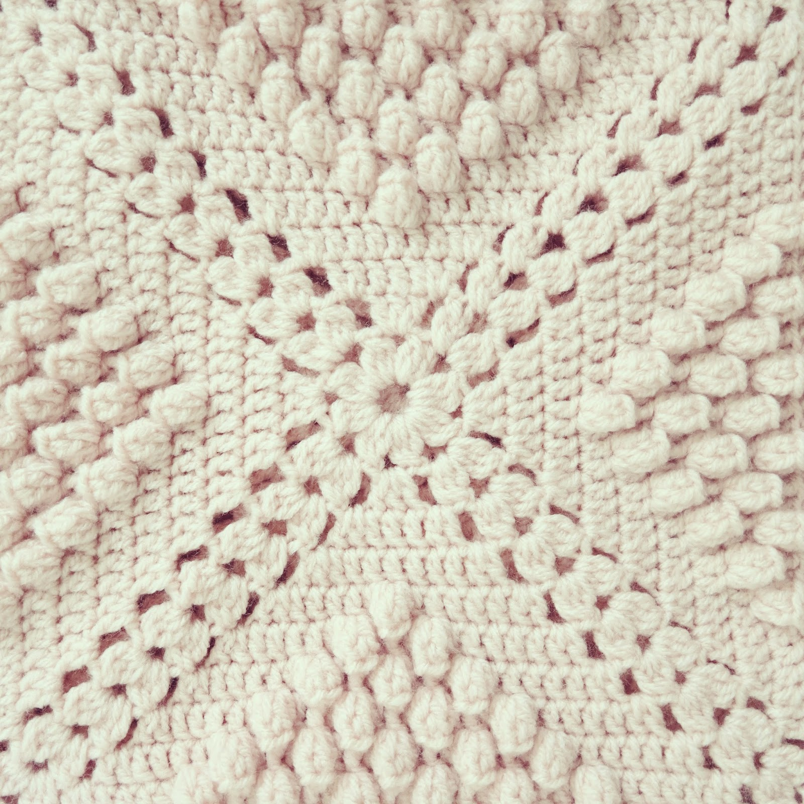 ByHaafner, crochet, popcorn, bobble stitch throw, blanket, powder pink ...