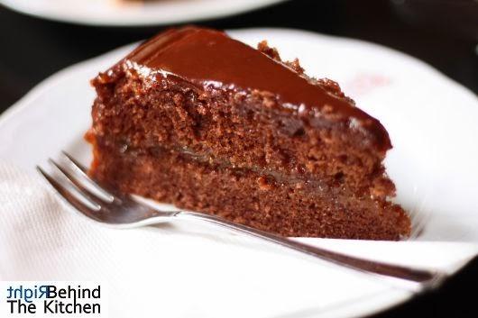 Tort Sachera / Sacher tort mus jabłkowo chrzanowy tafelspitz Cafe Sperl - Gumpendorfer Straße 11 - kultowa kawiarnia wiedeńska z 1880 roku