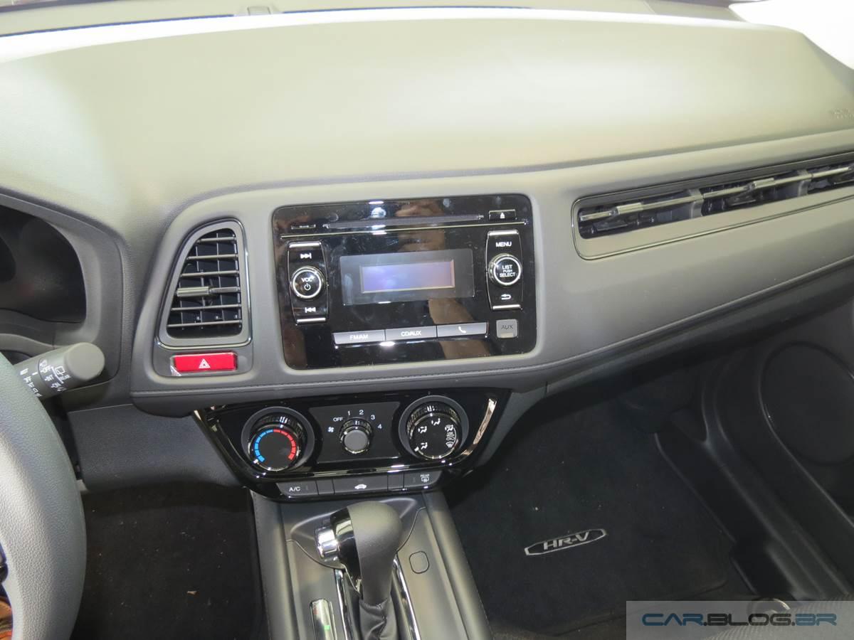 Honda HR-V LX CVT - interior - painel