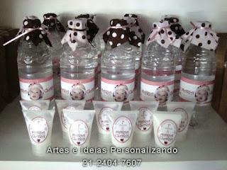 garrafinhas de água e hidratantes ursinha marrom e rosa