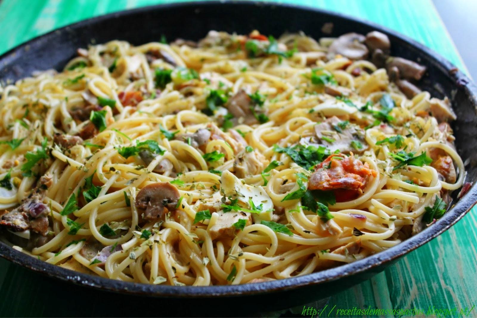 você come camarão?... ++ - Página 2 Esparguete.jpg