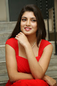 Priyadarshini Glam Pics in Red at Dillunnodu audio-thumbnail-2
