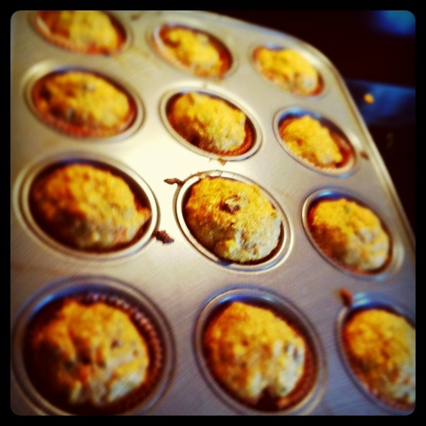 The Sweet Chick: Carrot and Zucchini Cupcakes w/ Maple Cream Cheese ...
