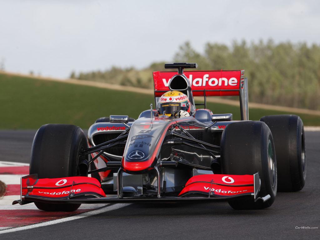 Auto cars wallpapers mercedes benz f1 wallpaper for Mercedes benz f1