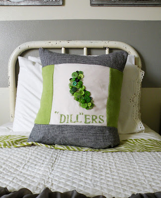 Pillows With Buttons