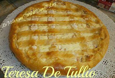 crostata rustica, ripiena di cotto, ricotta e mozzarella