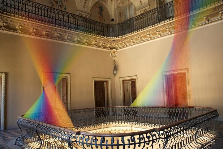 La transformación de una histórica villa italiana en espectaculares arco iris