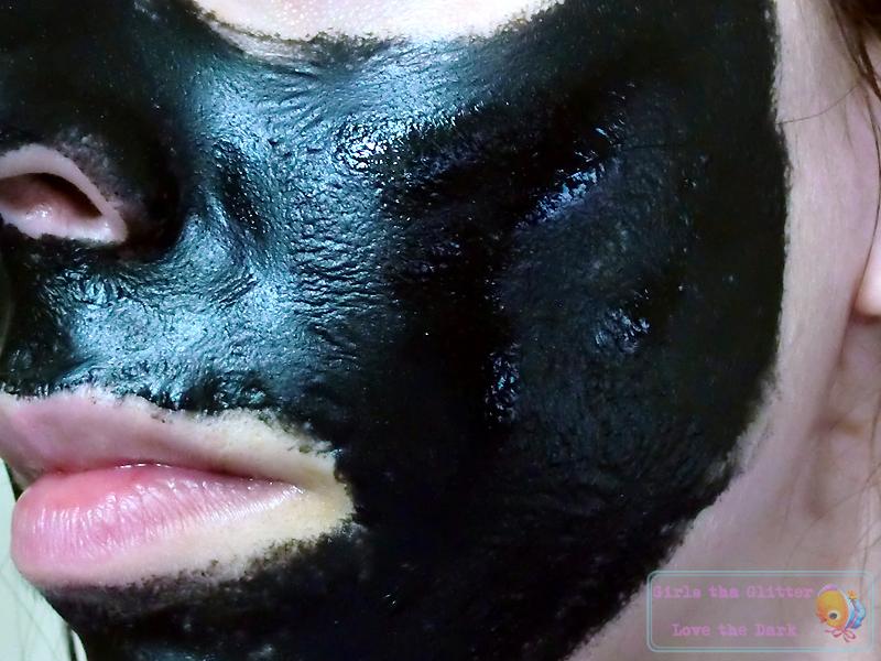 Daiso Charcoal Peel-off Mask