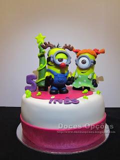 christmas minions cake