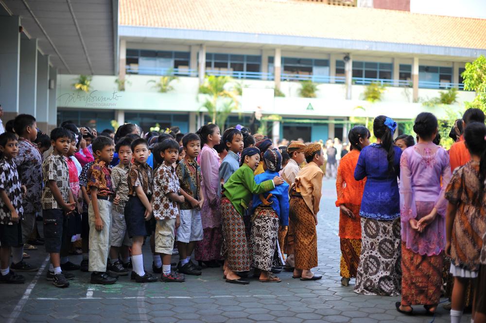 SD Tarakanita Bumijo belajar budaya Jawa di HUT kota Yogyakarta ke 255 ...