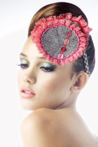 Фотографии креативного макияжа