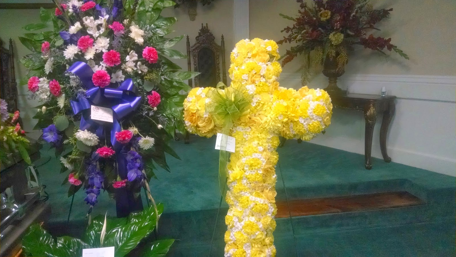 Silk funeral flower rental funeral rentals mightylinksfo