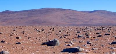 Hipernovas: É Possível Existir Vida em Marte a Qual Nós Simplesmente Não Conseguimos Ver? [Artigo]