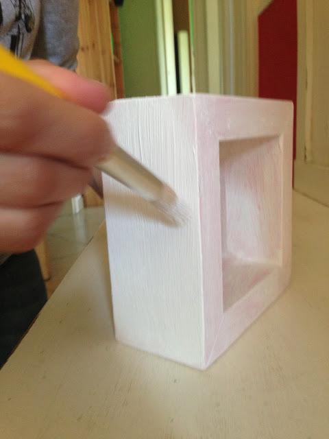 Shabbypassion un piccolo progetto diy lo specchio rosa for Cornice profonda