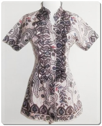 Model baju batik terbaru wanita kerja kantor