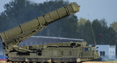 la-proxima-guerra-los-misiles-s-300-rusos-protegeran-las-instalaciones-nucleares-de-iran