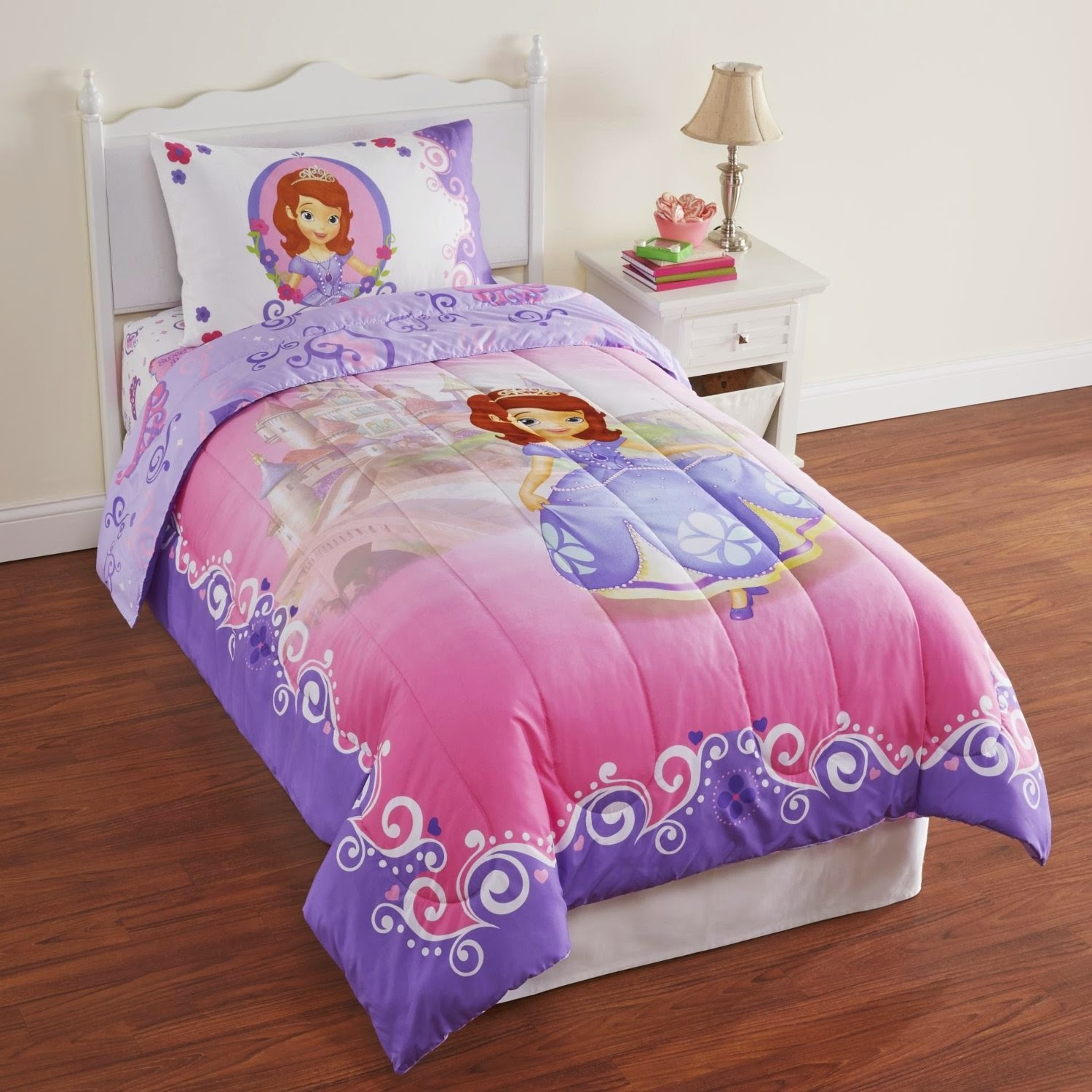 Bedroom Decor Ideas and Designs: Top Eight Princess Sofia the ...