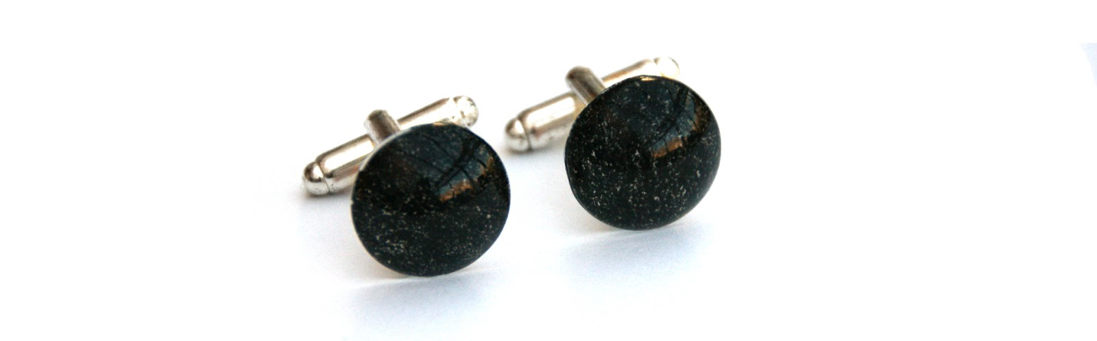 https://www.etsy.com/uk/listing/178922395/black-cufflinks-unisex-fathers-day