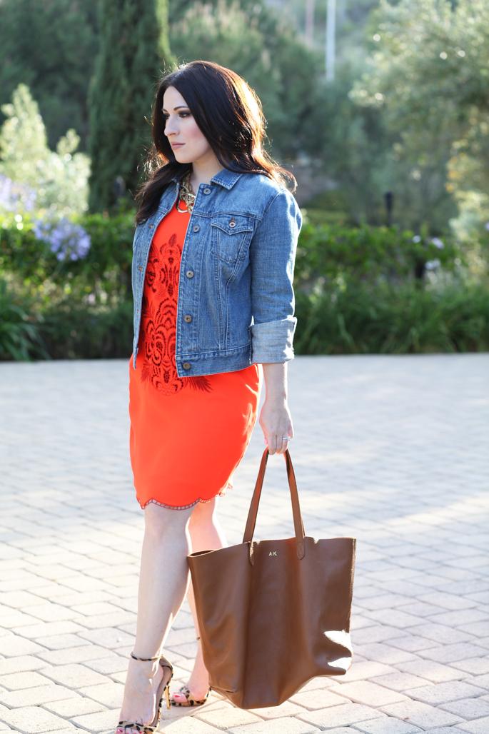 gap-denim-jacket-le-tote-orange-dress-steve-madden-leopard-stecy-sandals-cuyana-tote-king-and-kind-blog
