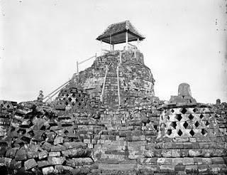 Sejarah ditemukannya Candi Borobudur