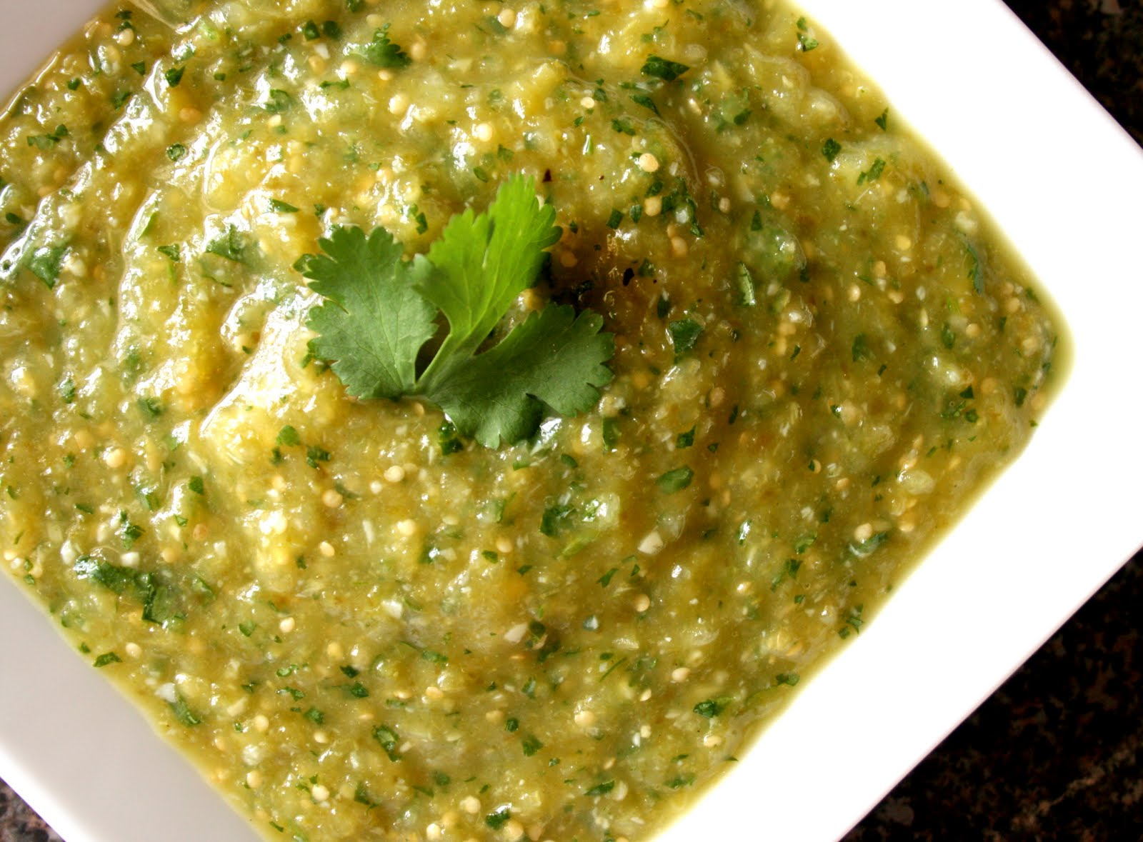 BREANNA'S RECIPE BOX: Roasted Tomatillo Salsa