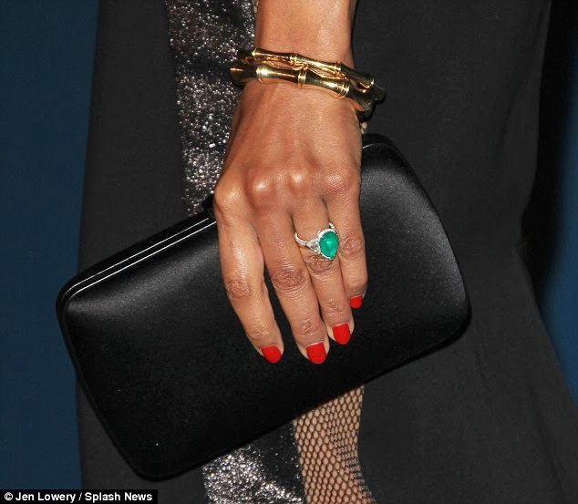 zoe saldana s engagement ring engagement rings