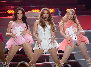 """Jennifer Lopez deslumbra en final de """"American Idol"""""""