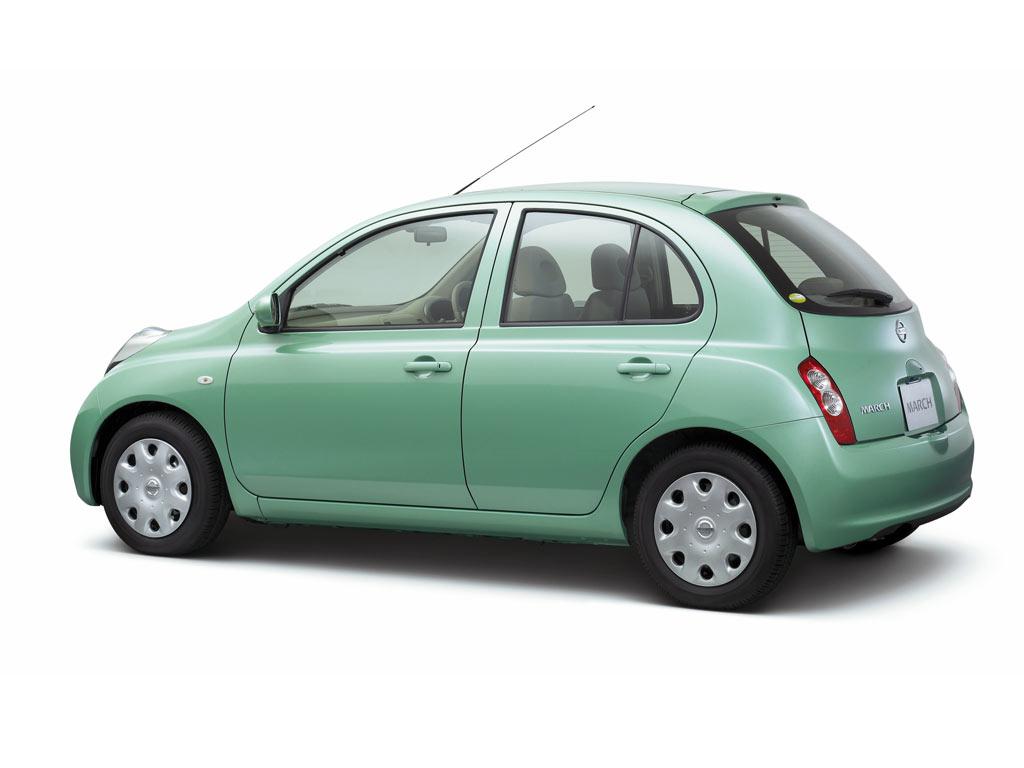 hargamobilterbaru: harga Nissan March ato Nissan Micra