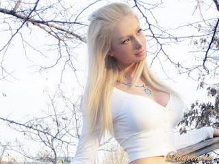 Foto-Valeria-Lukyanova-Manusia-Barbie_8