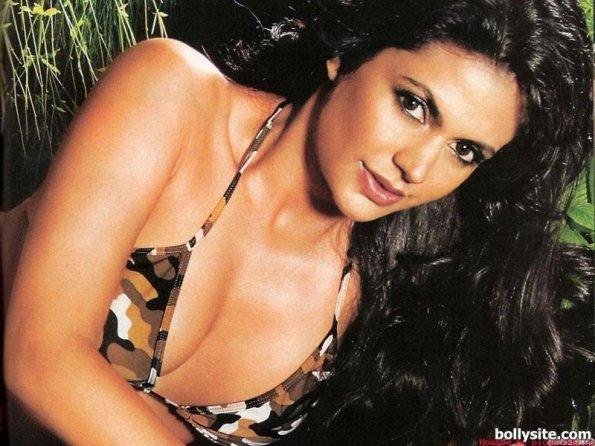 nude bollywood nude photos of mandira bedi